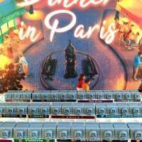 Un Œil sur DINNER IN PARIS